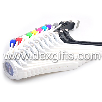 White silicone watches with bright white silicone strap