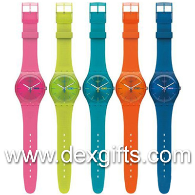 smooth silicone strap watch matches with watch face