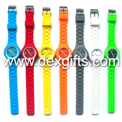 analogue watch with new design silicone watch band unisex wrist watch