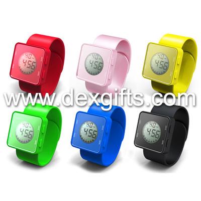 slap-watch-305-2